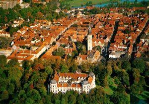 AK / Ansichtskarte Celle Niedersachsen Schlossblick mit hist Stadtkern Fliegeraufnahme Kat. Celle
