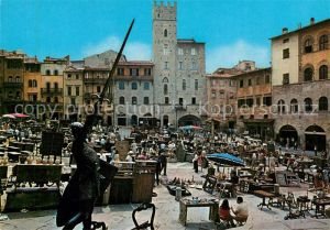 AK / Ansichtskarte Arezzo Piazza Vasari Fiera Antiquaria Kat. Arezzo