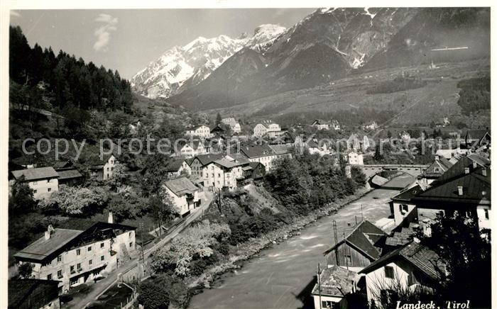 AK / Ansichtskarte Landeck Tirol Fliegeraufnahme Flusspartie Kat. Landeck