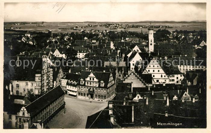 AK / Ansichtskarte Memmingen Stadtpanorama mit Blick auf das Rathaus Kat. Memmingen