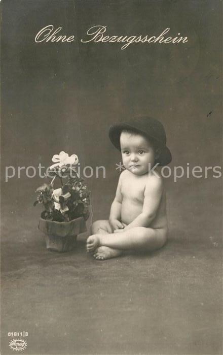 AK / Ansichtskarte Foto Amag Nr. 61811 3 Baby Ohne Bezugsschein Kat. Fotografie