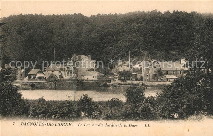 AK / Ansichtskarte Bagnoles de l Orne Le Lac vu du Jardin de la Gare Kat. Bagnoles de l Orne