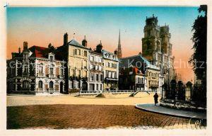 Orleans Loiret Place de l'Etape et la Cathedrale Kat. Orleans