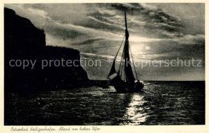 Heiligenhafen Ostseebad Abend am hohen Ufer Segelboot Kat. Heiligenhafen