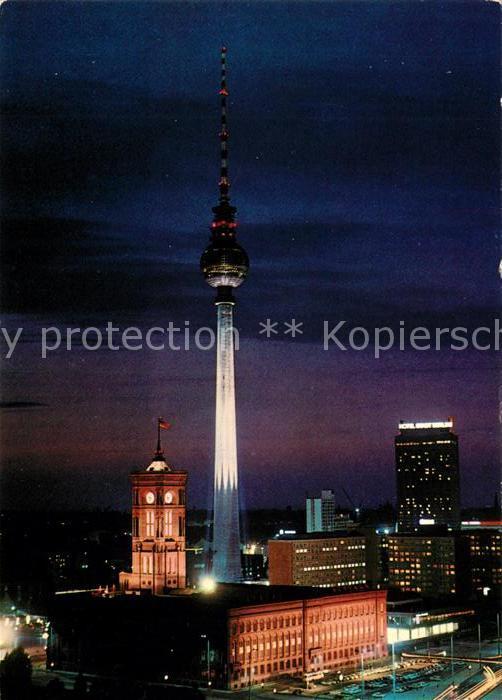 AK / Ansichtskarte Berlin Fernsehturm Nachtaufnahme Hauptstadt der DDR Kat. Berlin