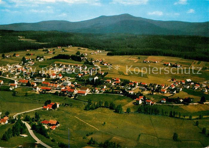 AK / Ansichtskarte Riedlhuette Erholungsort Blick zum Grossen Rachel Nationalpark Bayerischer Wald Fliegeraufnahme Kat. Sankt Oswald Riedlhuette