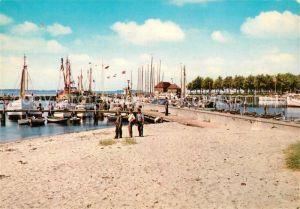 AK / Ansichtskarte Laboe Hafen Kat. Laboe