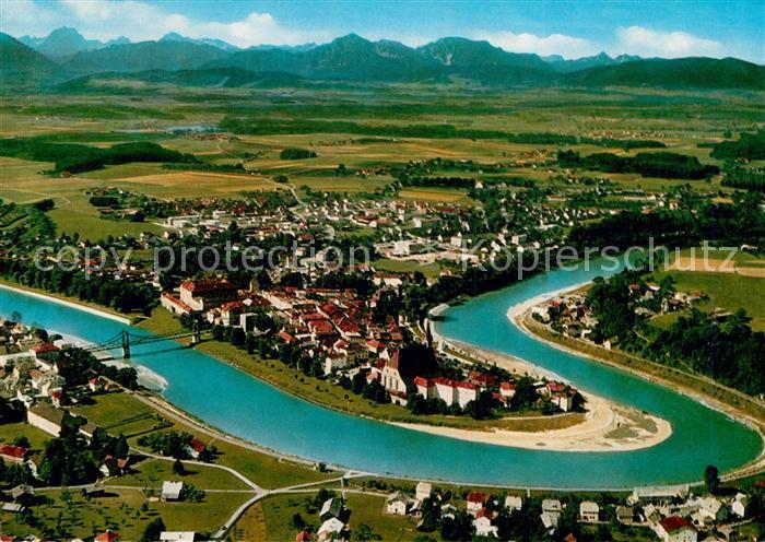 AK / Ansichtskarte Laufen Salzach mit Blick zu den Alpen Fliegeraufnahme Kat. Laufen