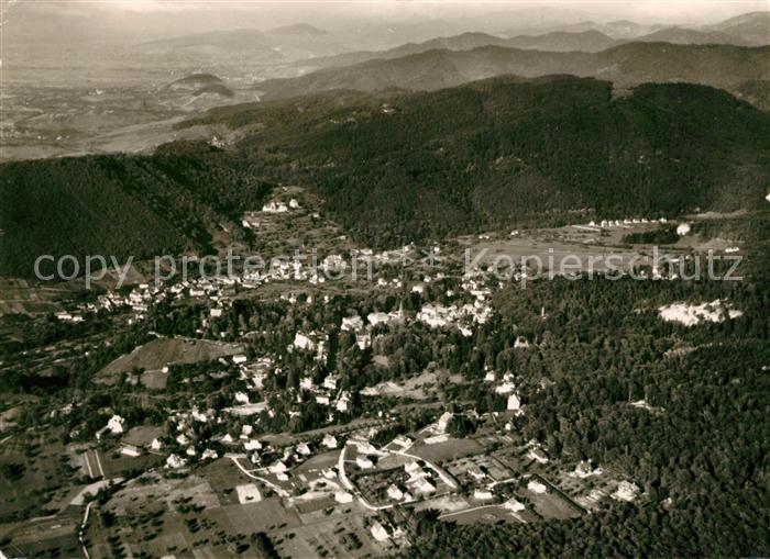 AK / Ansichtskarte Badenweiler Kurort im Schwarzwald Fliegeraufnahme Kat. Badenweiler
