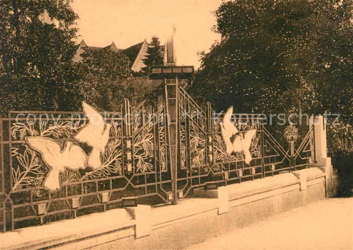 AK / Ansichtskarte Vierzon Motif de la Grille du Monument aux Morts Kat. Vierzon
