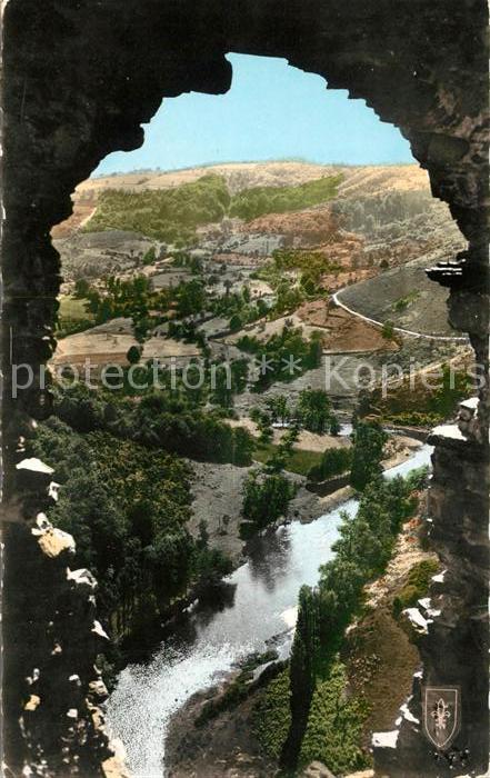 AK / Ansichtskarte Saint Remy de Blot Regard sur la Vallee de la Sioule Ruines de Chateau Rocher Kat. Saint Remy de Blot