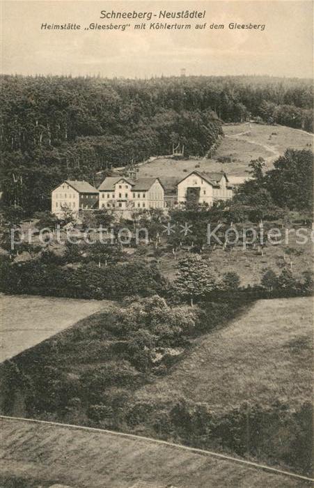 Neustaedtel Sachsen Heimstaette Gleesberg mit Koehlerturm auf dem Gleesberg