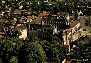 AK / Ansichtskarte Issoudun Indre Parc basilique Notre Dame du Sacre Coeur Kat. Issoudun
