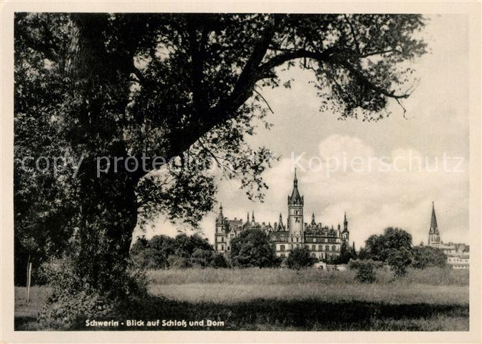 AK / Ansichtskarte Schwerin Mecklenburg Schloss und Dom Kat. Schwerin
