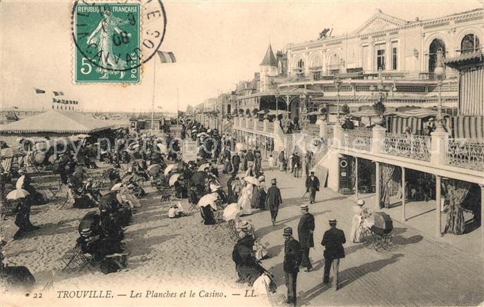 AK / Ansichtskarte Trouville Deauville Les Planches et le Casino