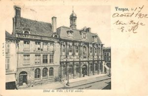 AK / Ansichtskarte Troyes Aube Hotel de Ville Kat. Troyes