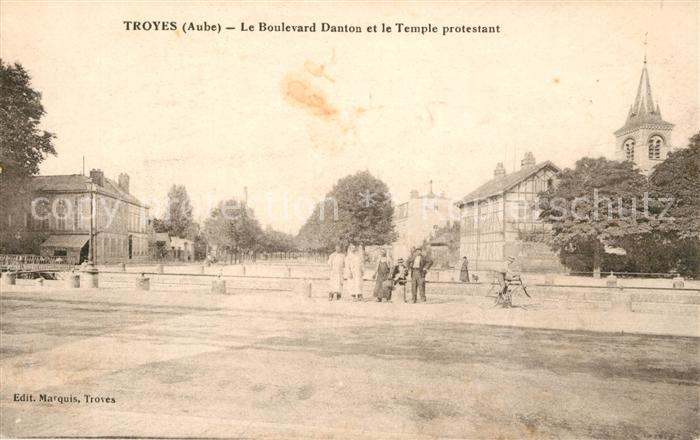AK / Ansichtskarte Troyes Aube Boulevard Danton et le Temple protestant Kat. Troyes