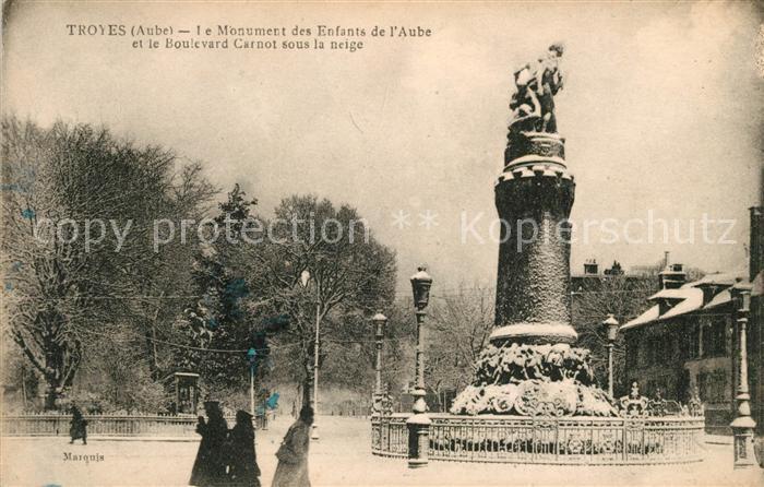 AK / Ansichtskarte Troyes Aube Monument des Enfants de l Aube Boulevard Carnot sous la neige Kat. Troyes