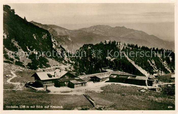 AK / Ansichtskarte Garmisch Partenkirchen Hochalm mit Blick auf Kreuzeck Alpenpanorama Kat. Garmisch Partenkirchen
