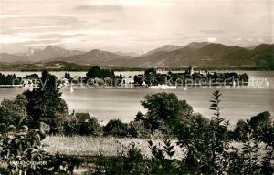 AK / Ansichtskarte Frauenchiemsee Panorama Blick ueber den See zu den Alpen Kat. Chiemsee