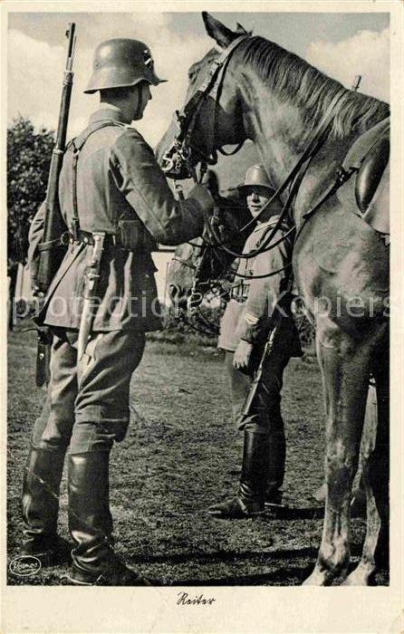 AK-Ansichtskarte-Parchim-Wehrmacht-Pferd-Stahlhelm-Reiter-Militaria-Kavallerie.jpg