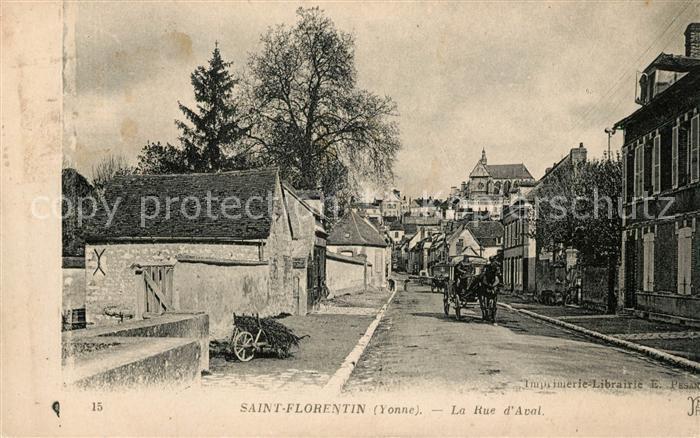 AK / Ansichtskarte Saint Florentin Yonne Rue d Aval Pferdekutsche Kat. Saint Florentin