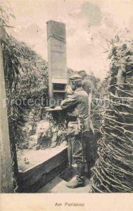 AK / Ansichtskarte Militaria Schuetzengraben am Periskop WK1 Soldaten