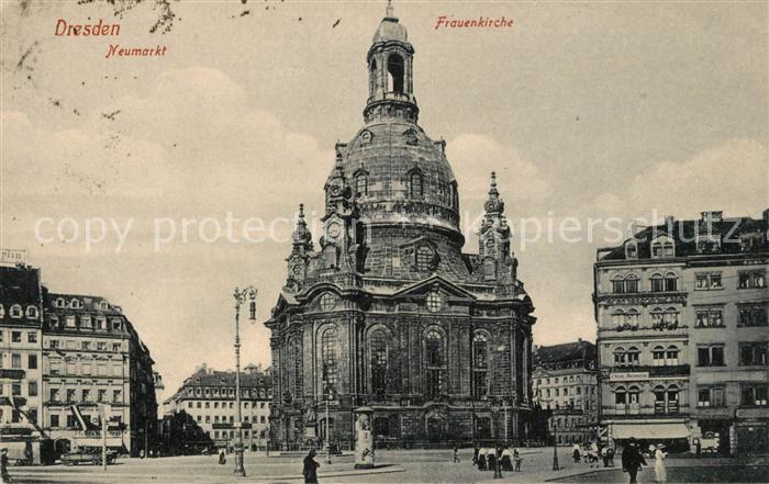 AK / Ansichtskarte Dresden Neumarkt Frauenkirche Kat. Dresden Elbe