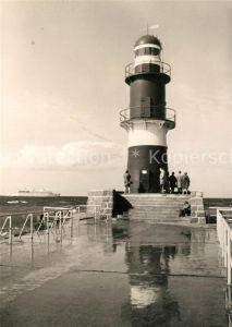 AK / Ansichtskarte Leuchtturm Lighthouse Warnemuende Mole  Kat. Gebaeude