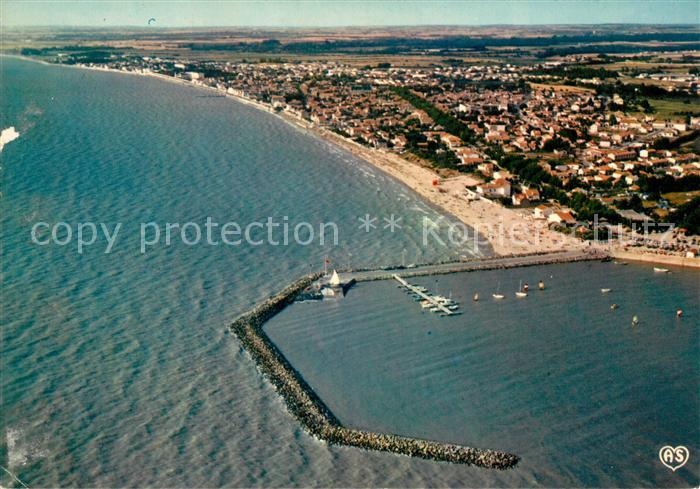 AK / Ansichtskarte Chatelaillon Plage Fliegeraufnahme Port et la Plage Kat. Chatelaillon Plage