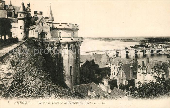 AK / Ansichtskarte Amboise Vue sur la Loire de la Terrasse du Chateau Kat. Amboise