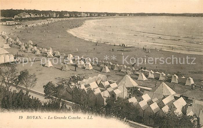 AK / Ansichtskarte Royan Charente Maritime La Grande Conche Plage Kat. Poitiers Charentes