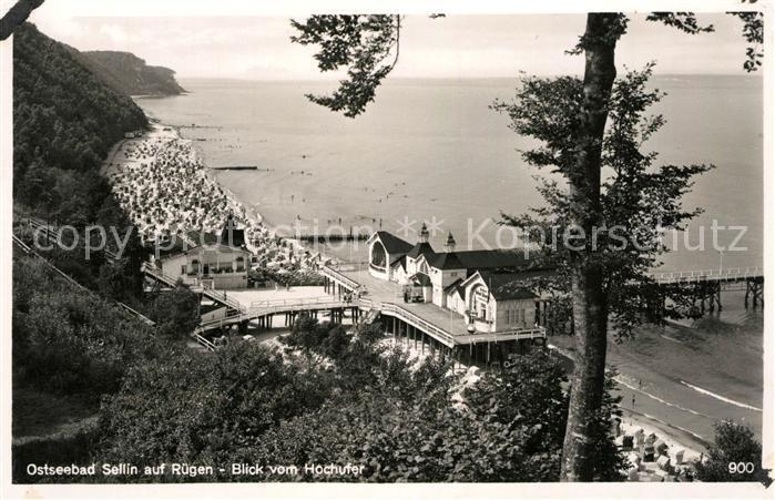 AK / Ansichtskarte Sellin Ruegen Panorama Blick vom Hochufer Seebruecke Strand Kat. Sellin Ostseebad