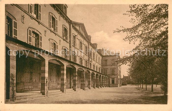 Moulins Allier Ecole normale d institutrices Cour interieur Kat. Moulins