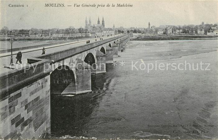 Moulins Allier Vue generale prise de la Madeleine Pont sur l Allier Kat. Moulins