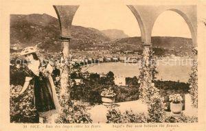Nice Alpes Maritimes Baie des Anges entre les fleurs Costumes Cote d Azur Kat. Nice