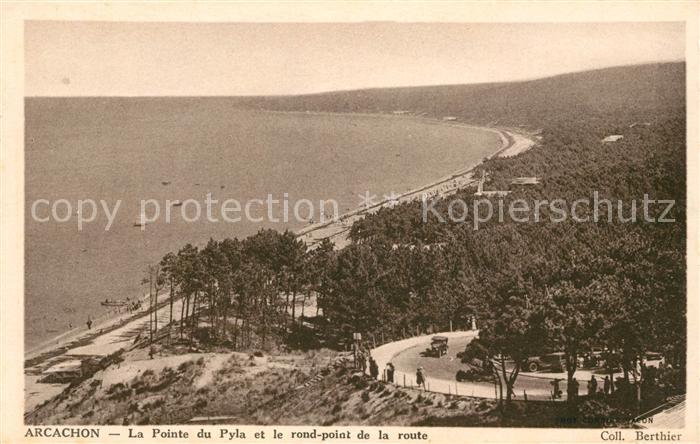 AK / Ansichtskarte Arcachon Gironde La Pointe du Pyla et le rond point de la route Kat. Arcachon