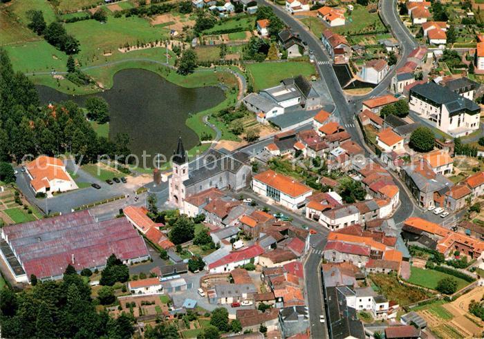 AK / Ansichtskarte Saint Andre de la Marche Fliegeraufnahme Kat. Saint Andre de la Marche