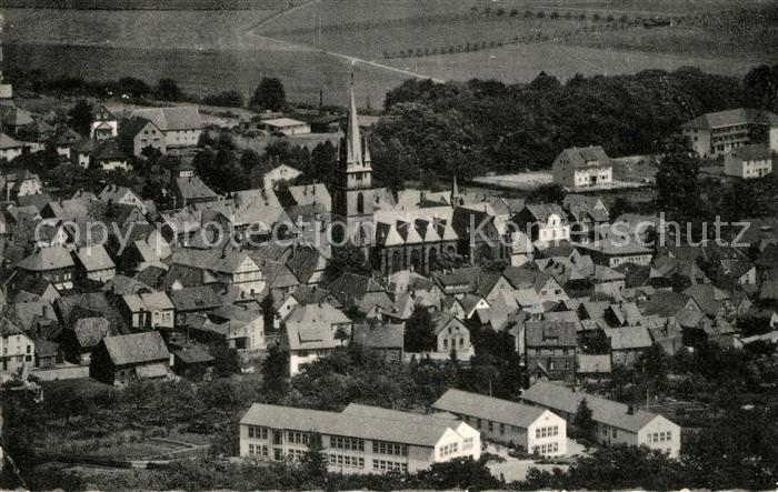 AK / Ansichtskarte Bad Driburg Ortsansicht mit Kirche Kat. Bad Driburg