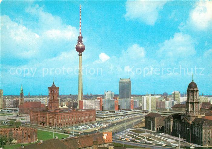 AK / Ansichtskarte Berlin Stadtpanorama Zentrum Fernsehturm Hauptstadt der DDR Kat. Berlin