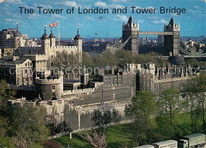 AK / Ansichtskarte London Tower of London and Tower Bridge Kat. City of London