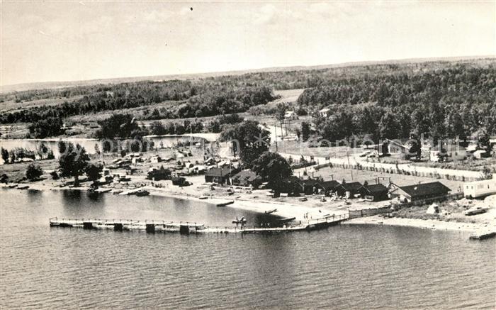 AK / Ansichtskarte Quebec Centre d Artisanat Village Indien Pointe Bleue Comte Roberval aerial view Kat. Quebec