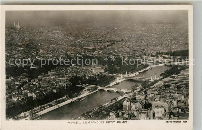 AK / Ansichtskarte Paris Fliegeraufnahme le Grand et petit Palais Kat. Paris