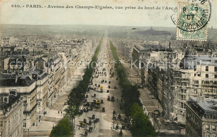 AK / Ansichtskarte Paris Avenue des Champs Elysees vue prise du haut de l'Arc de Triomphe Kat. Paris