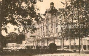 AK / Ansichtskarte Bagnoles de l Orne Le Grand Hotel et les Jardins Kat. Bagnoles de l Orne