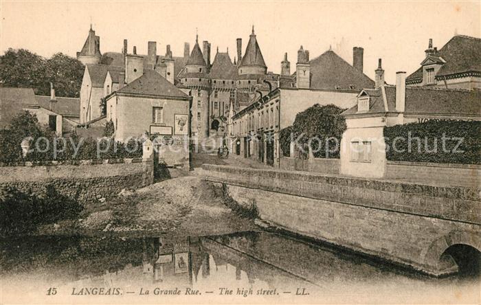AK / Ansichtskarte Langeais La Grande Rue Kat. Langeais