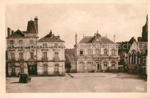 AK / Ansichtskarte Montbazon Place de l`Hotel de Ville Kat. Montbazon