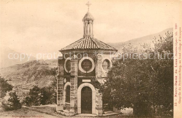 AK / Ansichtskarte Notre Dame du Laus Chapelle du Precieux Sang au fond village d Avancon Kat. Saint Etienne le Laus