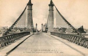 AK / Ansichtskarte Les Rosiers sur Loire Le Grand Pont suspendu sur la Loire Kat. Les Rosiers sur Loire