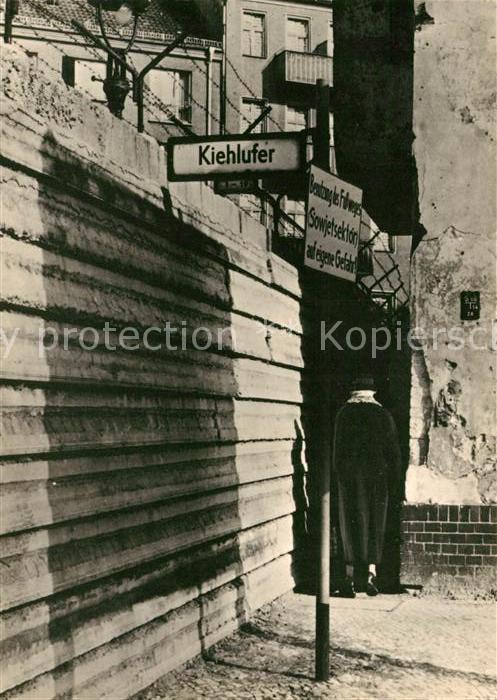 AK / Ansichtskarte Neukoelln Kiehl Ufer Sonderausfuehrung der Mauer der Zweiten Generation Kat. Berlin